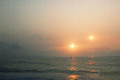 70 тысяч лет назад люди видели на небосводе два солнца